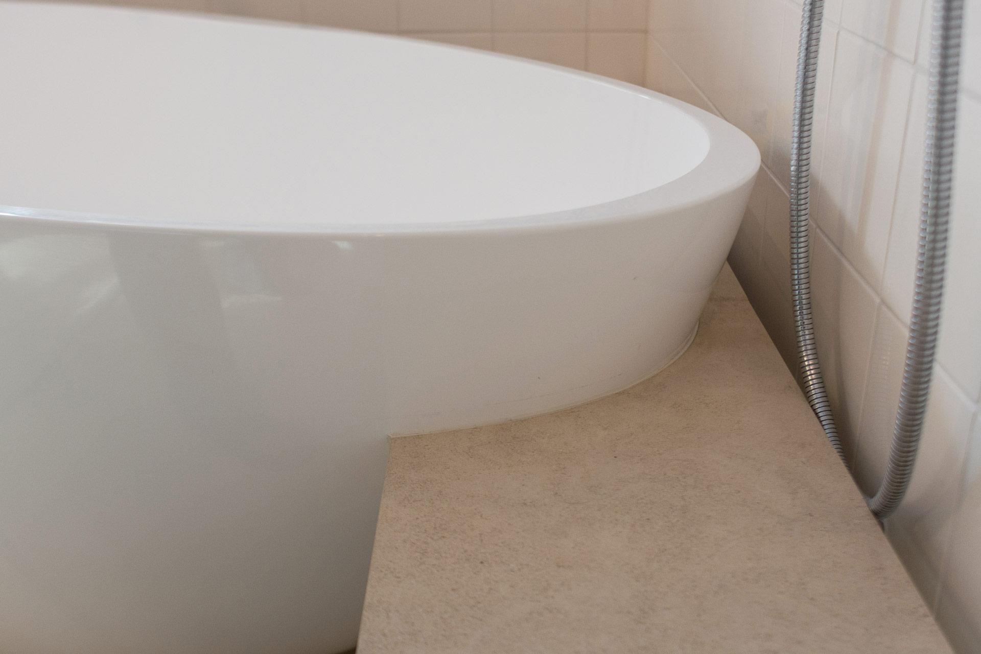 Badewanne freistehend Badeloft vivante Design