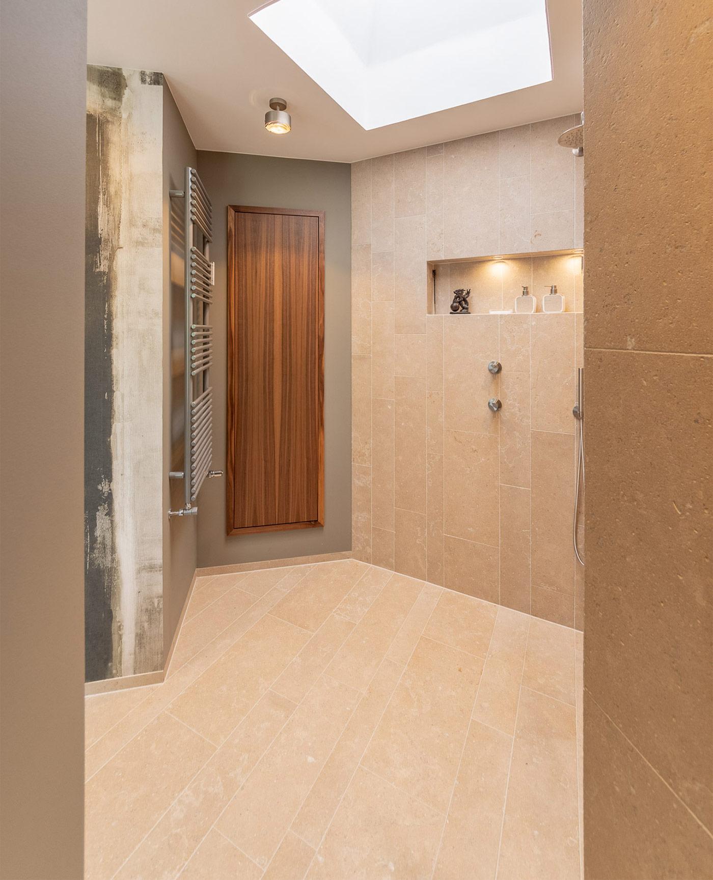 Tubes Bath